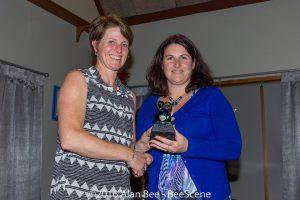 awards-dinner-2016-vicki-and-carol